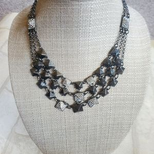 Rare Lia Sophia bib necklace